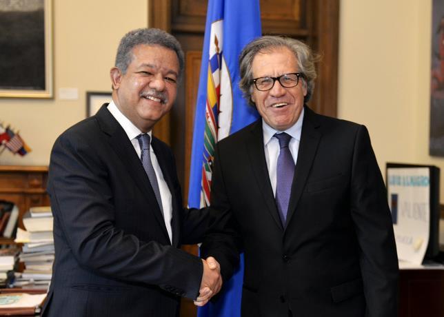El Secretario general de la (OEA), Luis Almagro, se reune en dominicana con el ex -presidente Leonel Fernández