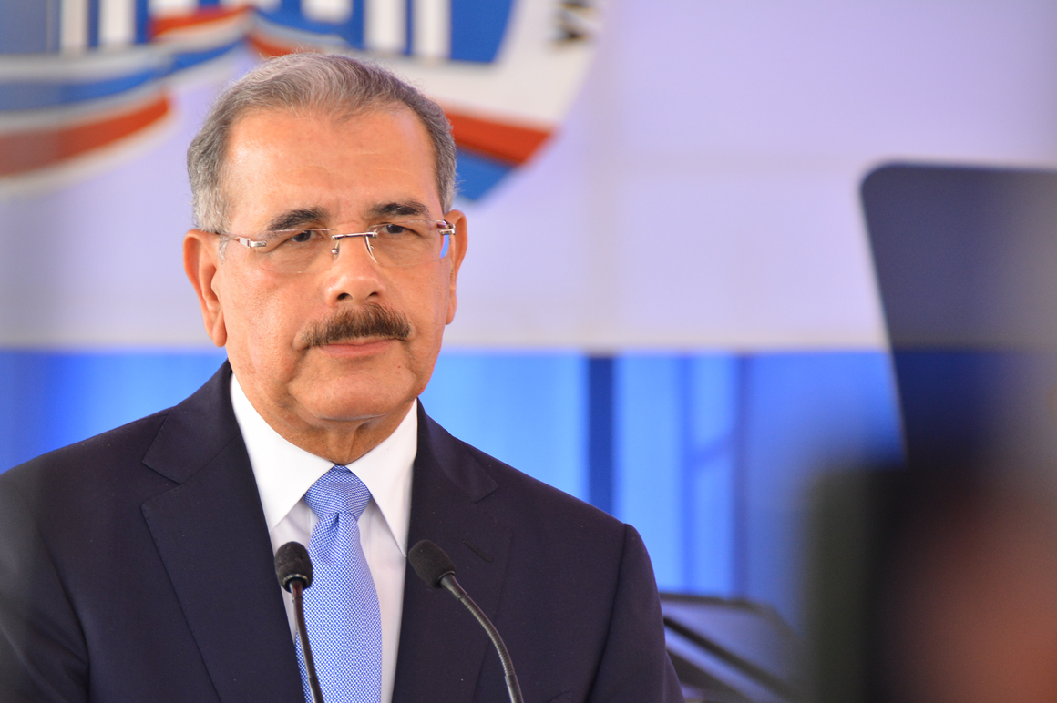 Danilo Medina felicita a hermanos Luguelín y Juander Santos