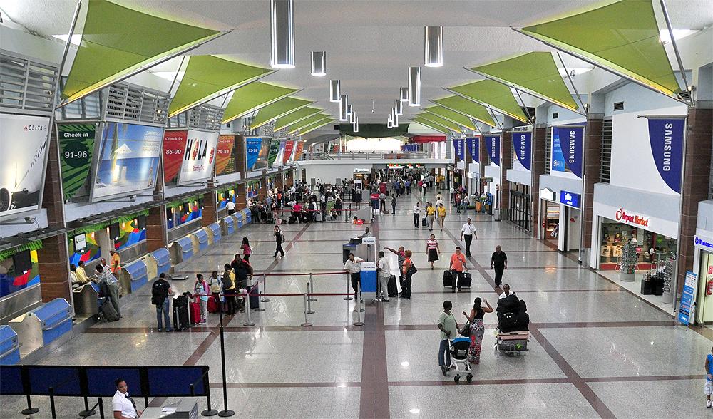 Aerodom anuncia plan de inversion en cuatro aeropuertos concesionados